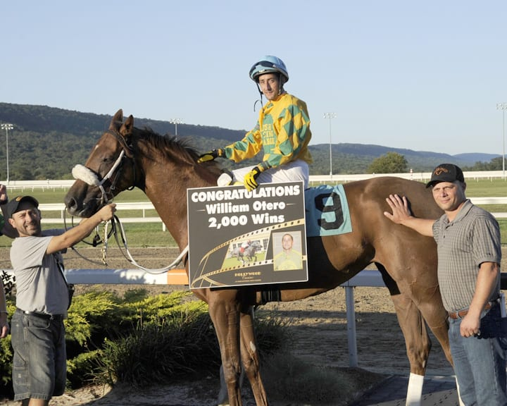 Rider William Otero earns 2,000th victory