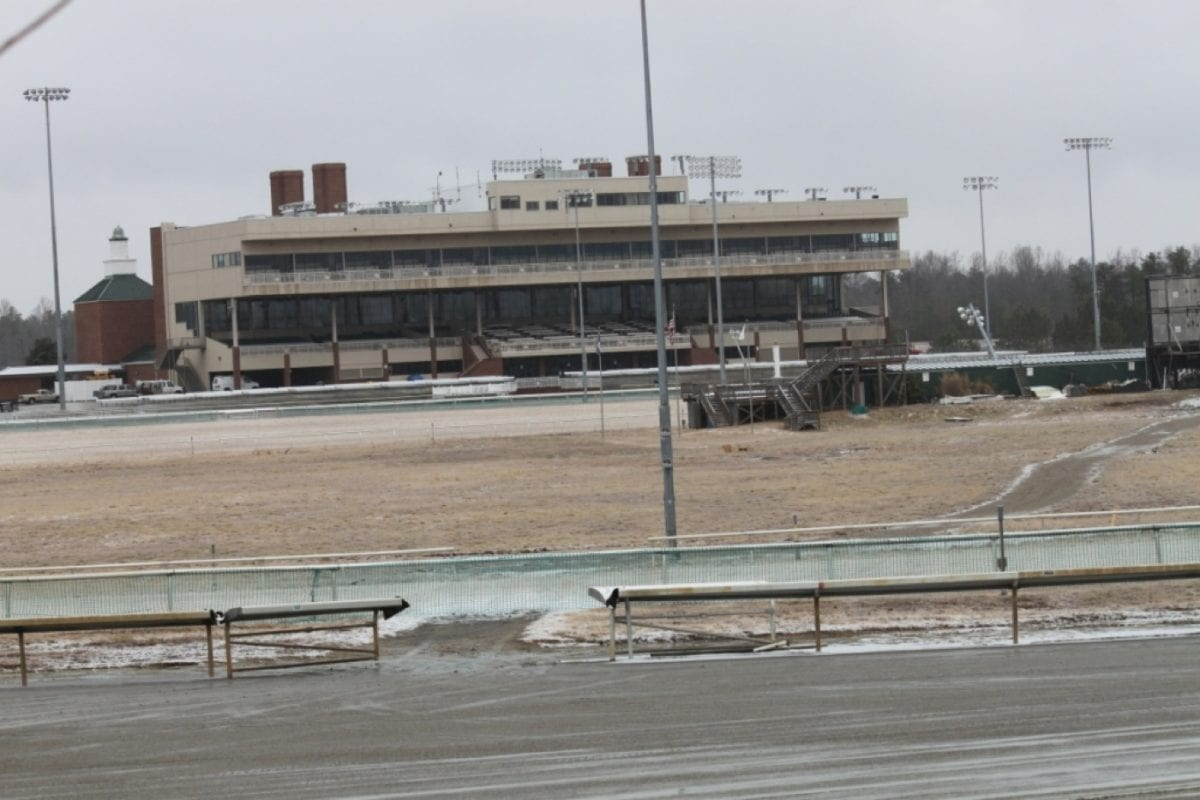 Colonial Downs to sell off OTB properties