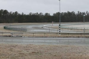 The soggy first turn at Colonial Downs.  Photo by Nick Hahn.