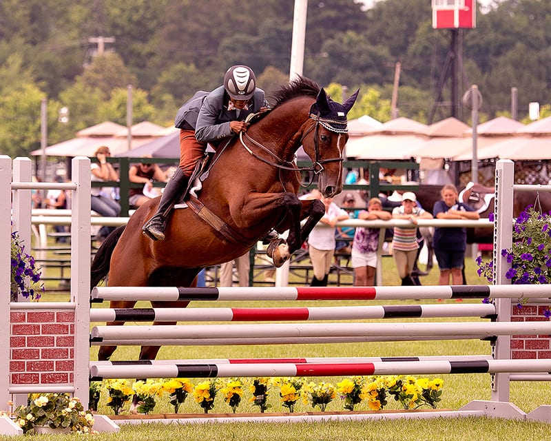 Former jockey Terry West aims to defend jumper title