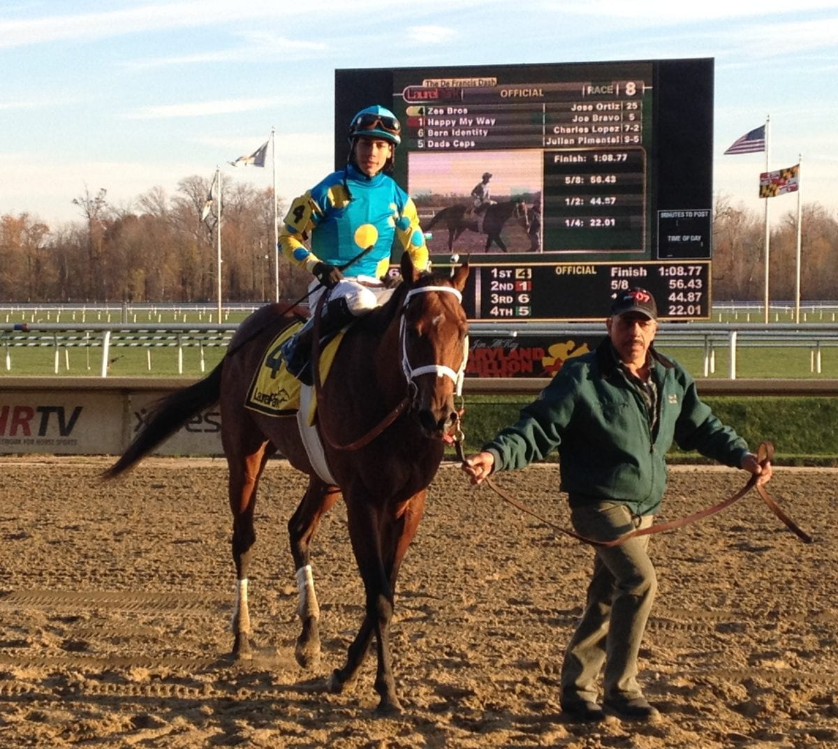 No Lukas, but plenty to smile about in De Francis Dash winner's circle