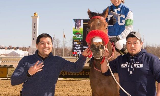 Vargas, Gonzalez wrap up Laurel meet titles