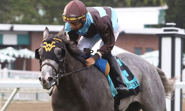 Her World Dazzles in Debut by Winning Saturday's Tyro Stakes